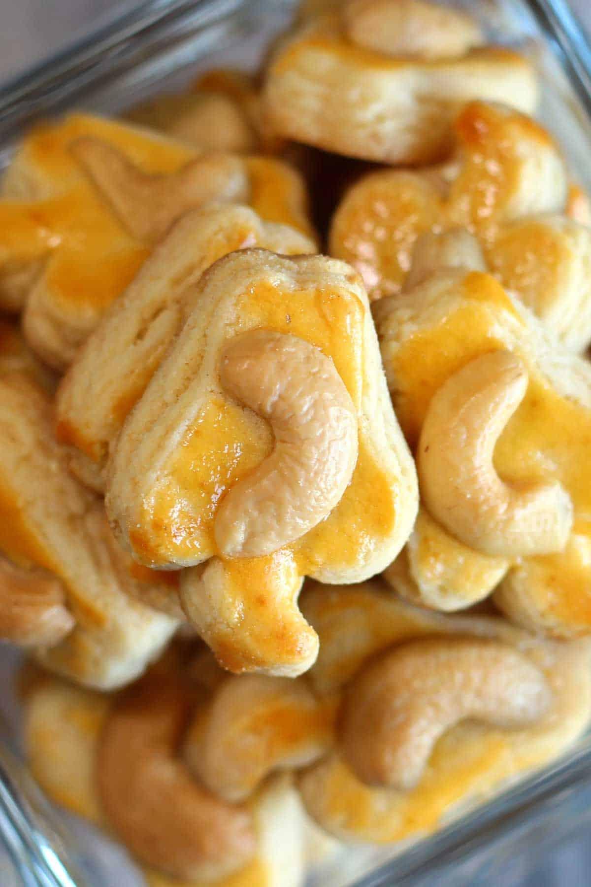 Cashew nut cookies in a jar