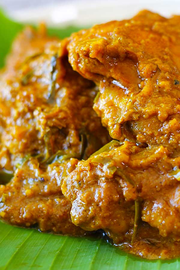 Chicken rendang