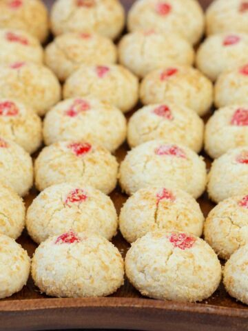 Coconut cookies served on a tray