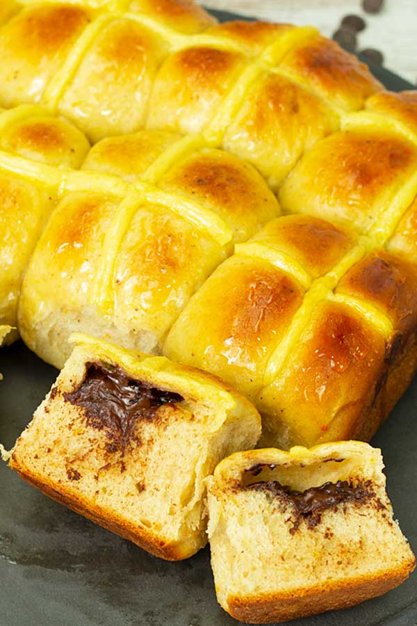 Chocolate Stuffed Hot Cross Buns