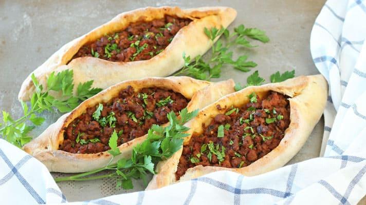 Beef-Turkish-Pide