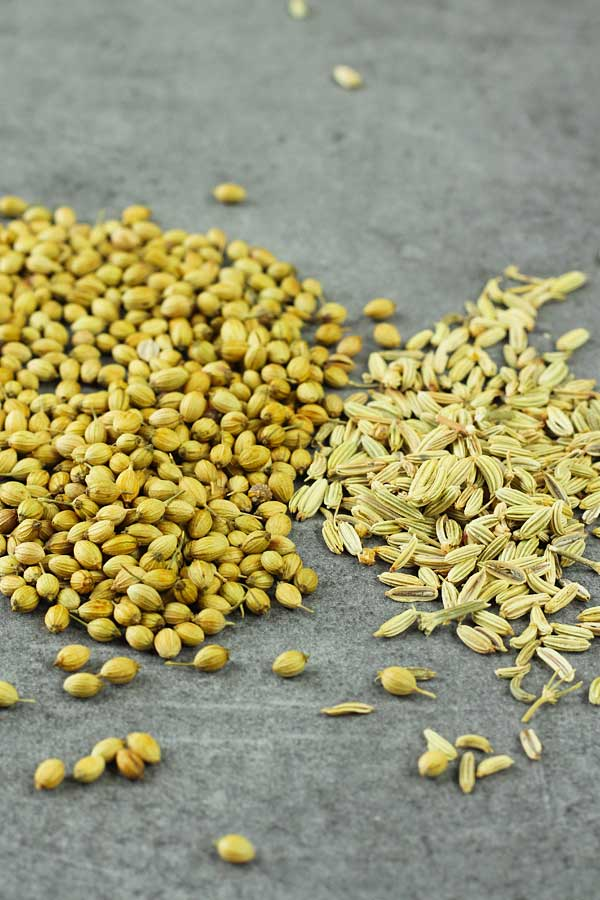 Coriander-and-Fennel-Seeds