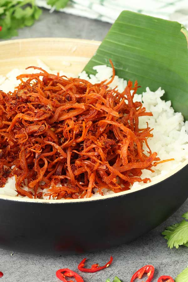spicy chicken floss or serunding ayam