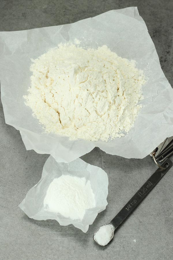 Ingredients to make self-rising flour