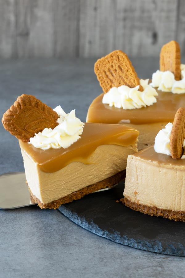 No Bake Cookie Butter Cheesecake