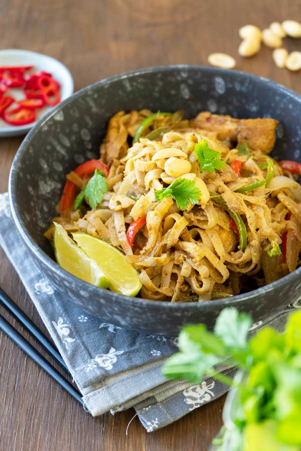 Stir Fry Noodles with Peanut Sauce in a bowl