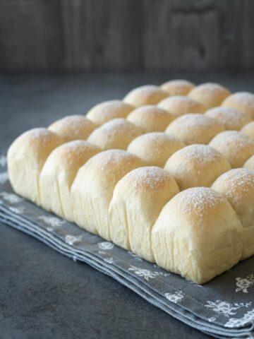soft milk buns