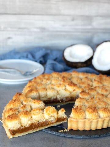 Coconut and dulce de leche tart