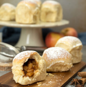 Apple Stuffed Buns