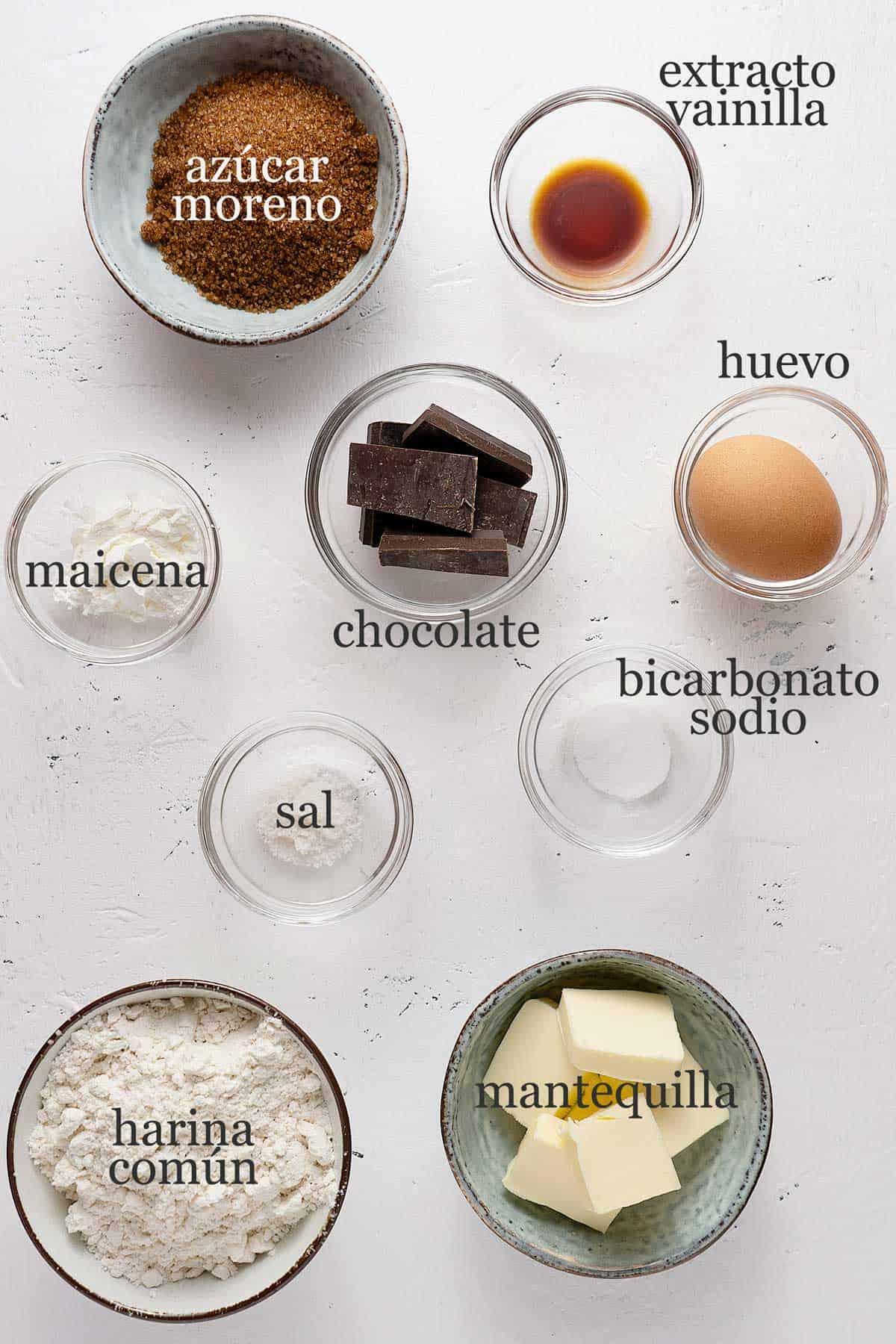 ingredientes para galletas rellenas de nutella.