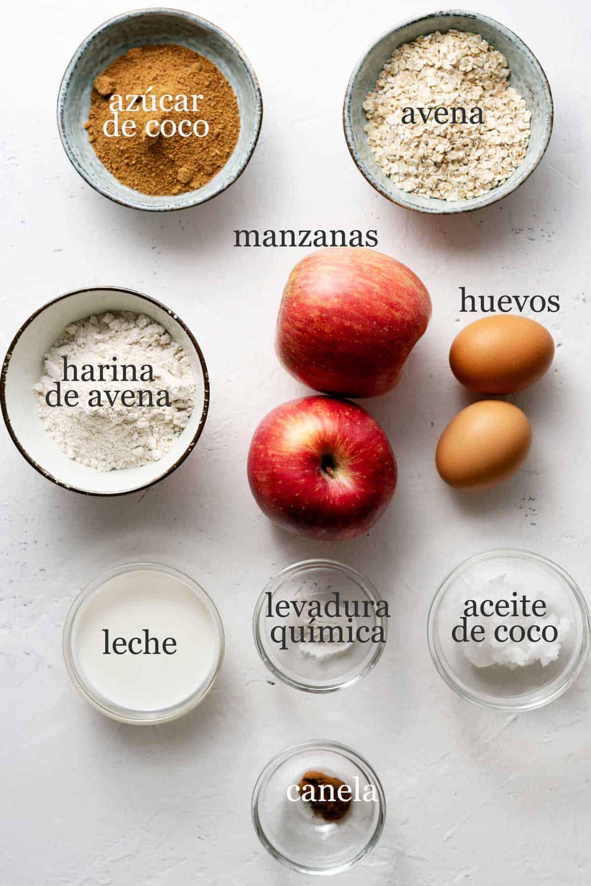 ingredientes para tarta invisible de manzana saludable.