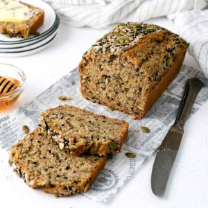 multiseed bread sliced