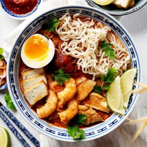 Quick Malaysian red curry laksa