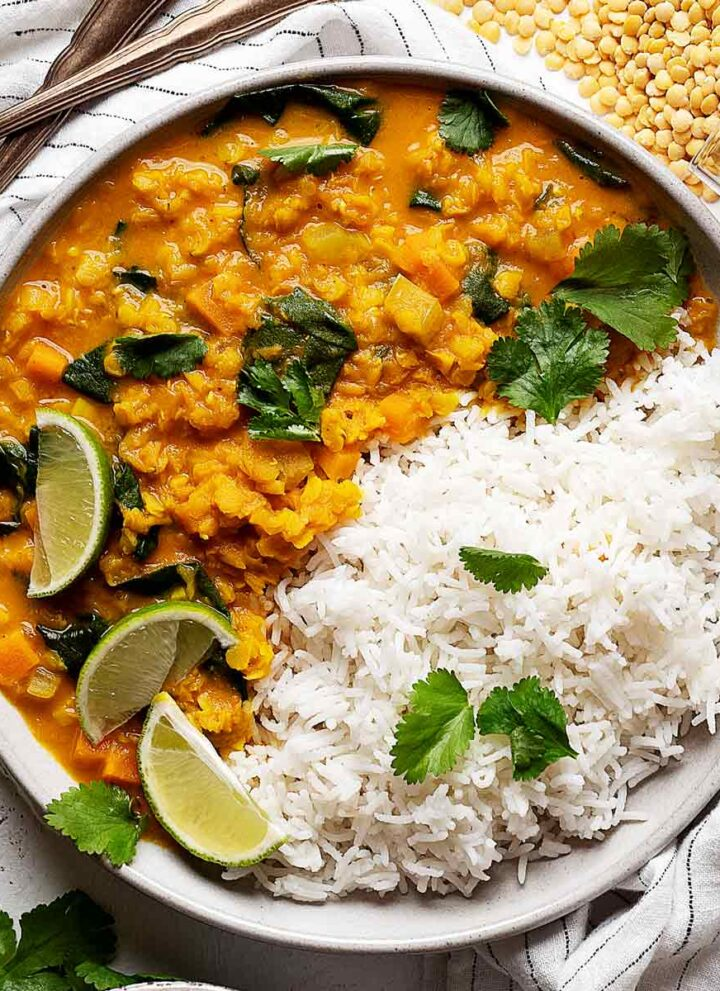 Quick lentil coconut curry in a plate view from top