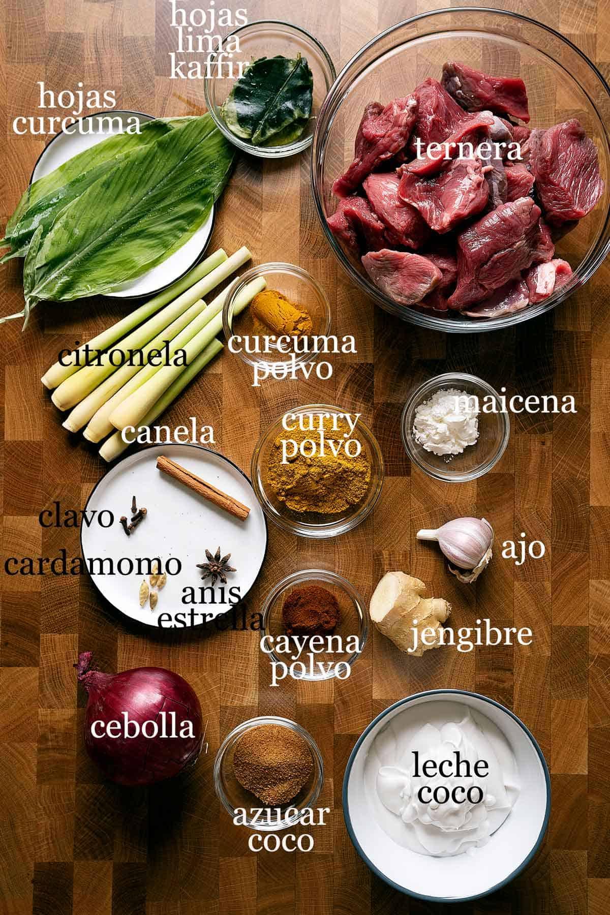ingredientes para hacer curry rendang de ternera.