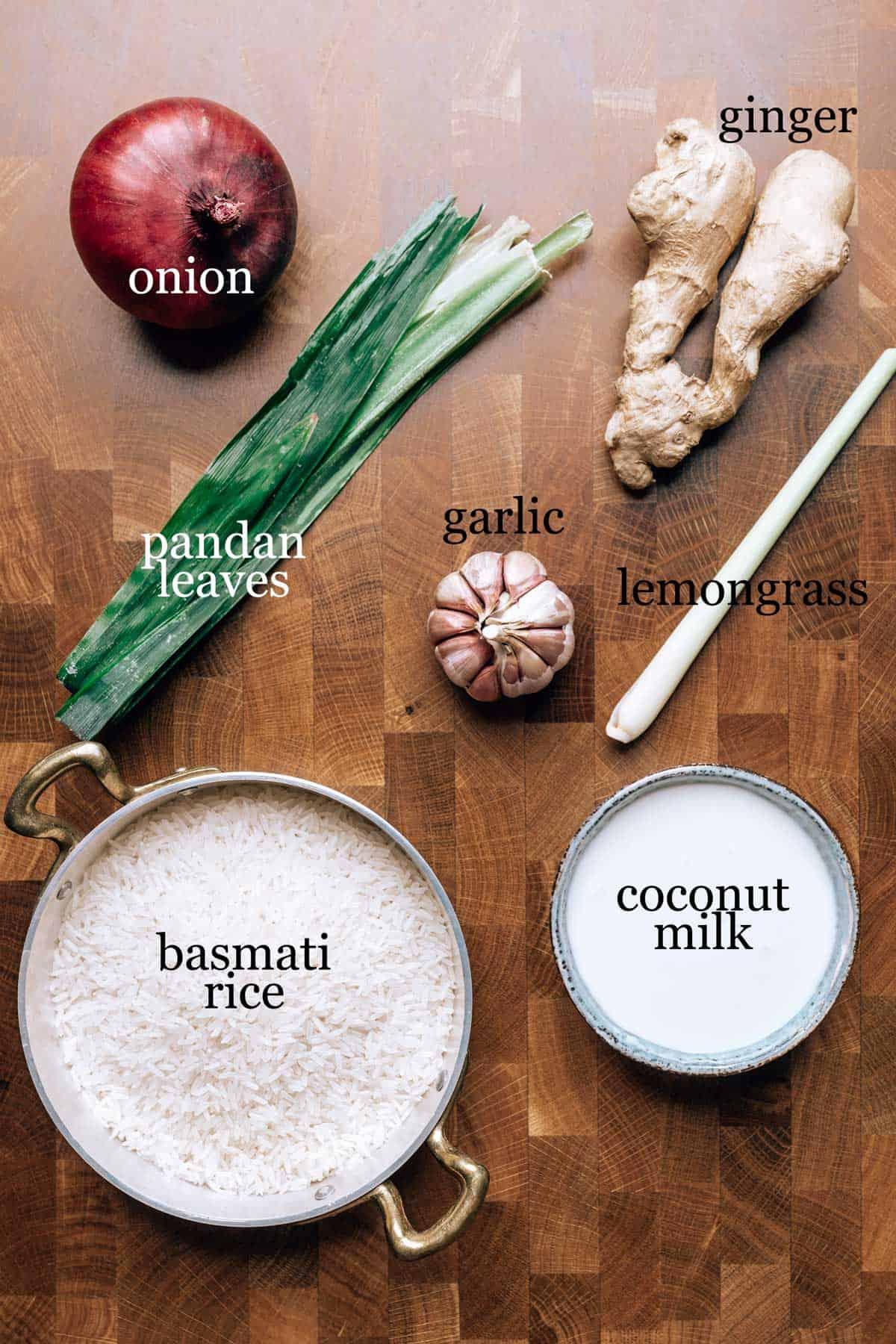 Ingredients to make nasi lemak
