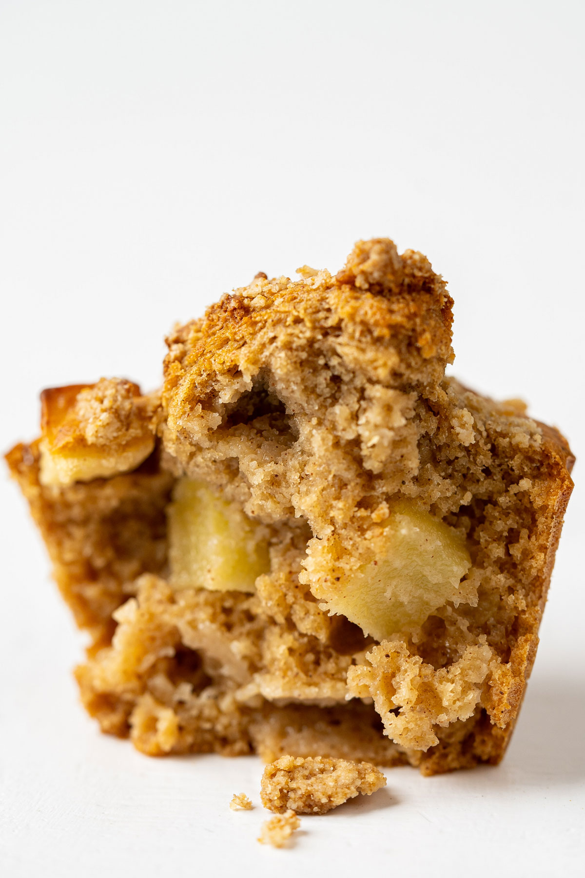 Texture of air fryer apple crumble muffin